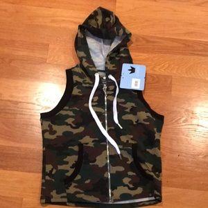 CHICK Vest Hoodie sz 12 Camo Zip front  NWT